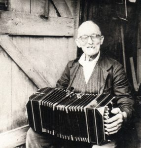 Scan Tester playing his bandoneon.